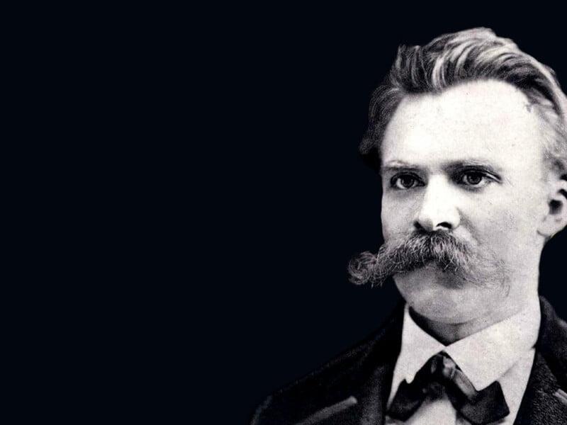 Nietzsche pun Seorang Hipster min